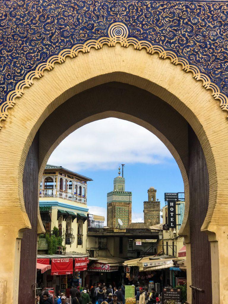 visiter maroc morocco Fes old medina porte bleu