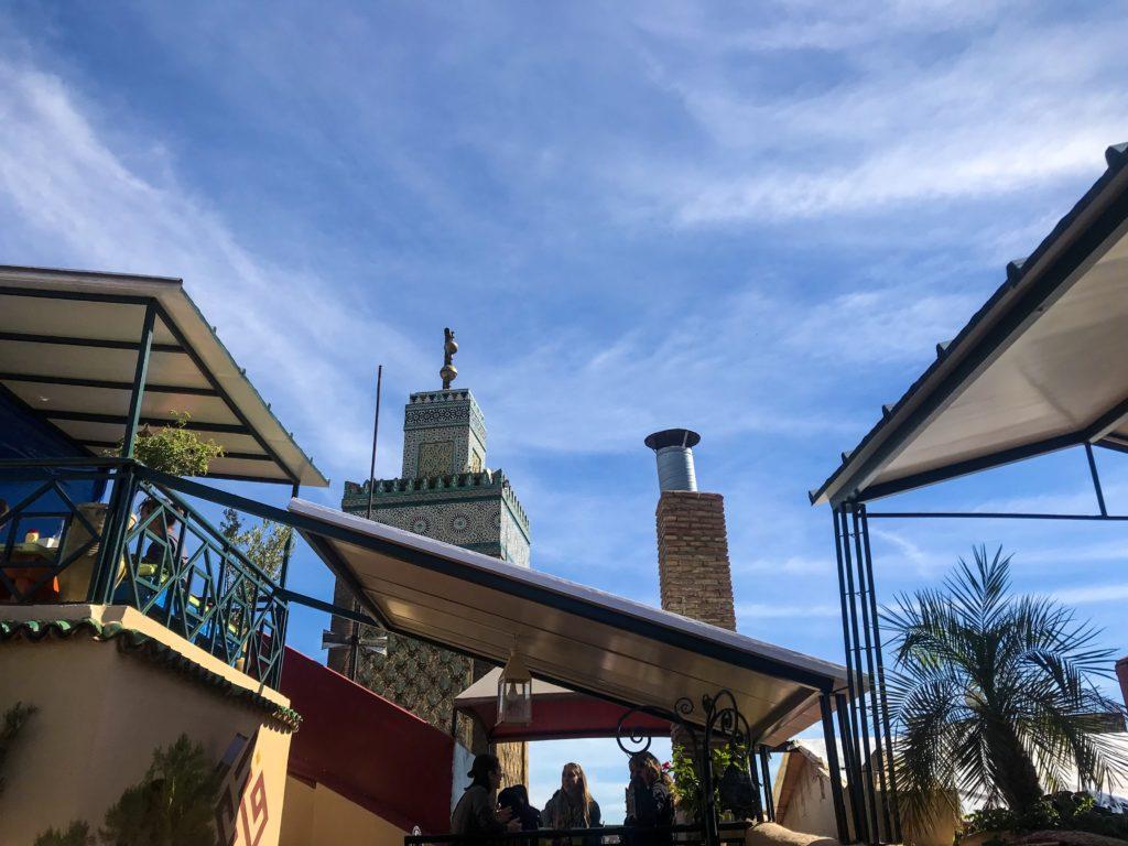 visiter maroc morocco Fes old medina café clock